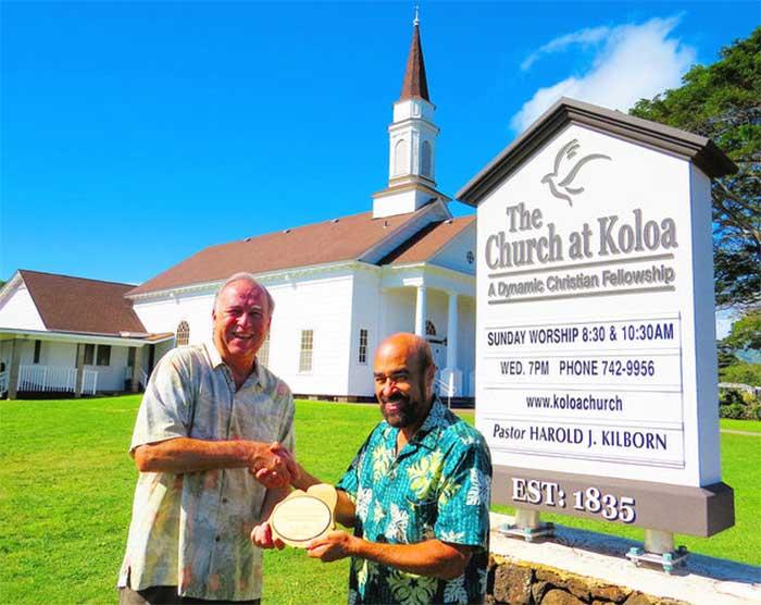 Koloa Church Receives Hoike Community Award 2016